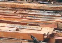 建築廃材や間伐材
