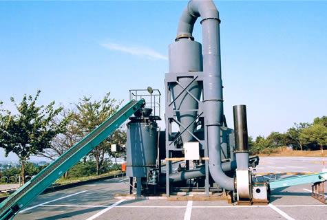 草・木チップ連続炭製造機(木酢液回収装置付き)